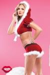 Costume short et top Mère Noël : Costume sexy de Mère Noël 2 pièces, short et top à capuche en velours rouge bordé de fourrure toute douce.